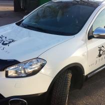 Reklaminių lipdukų klijavimas ant automobilio @ 3tonis