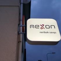 MEZON - dvipusė šviesdėžė @ Tauragė