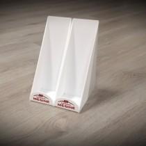 Plastiko gaminiai - laikikliai iš balto organinio stiklo