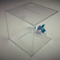 Plastikinė, užrakinama aukų dėžutė