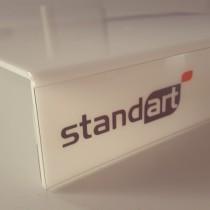 Plastikinis stovelis su šilkografija uždėtu logotipu
