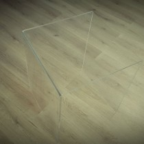 Plastiko gaminiai - Stalas pagamintas iš 10 mm storio Plexiglas® skaidraus stiklo