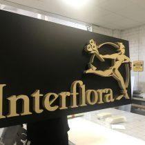 Interflora - tūrinės raidės iš putos